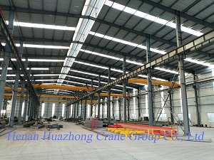 Manufacture workshop of Huazhong Crane